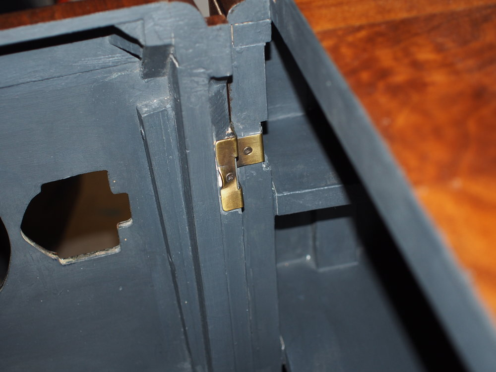 The installed wrap hinges