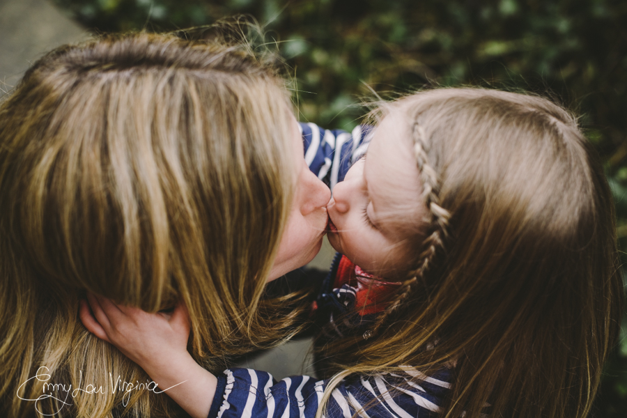 North Vancouver Family Photographer - Emmy Lou Virginia Photography-11.jpg