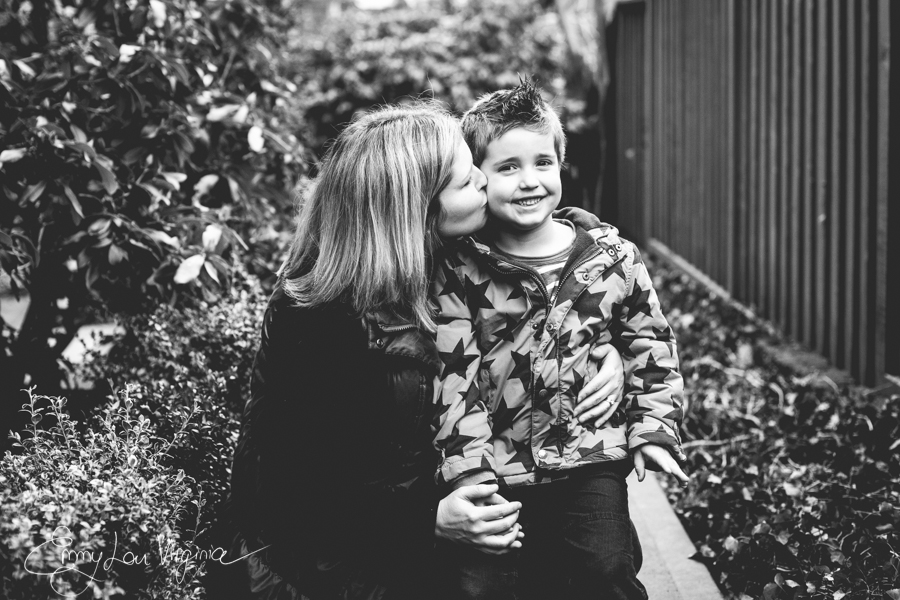 North Vancouver Family Photographer - Emmy Lou Virginia Photography-10.jpg