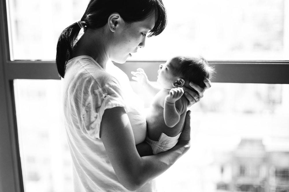 TinaL,NewbornSession-EmmyLouVirginiaPhotography-290.jpg