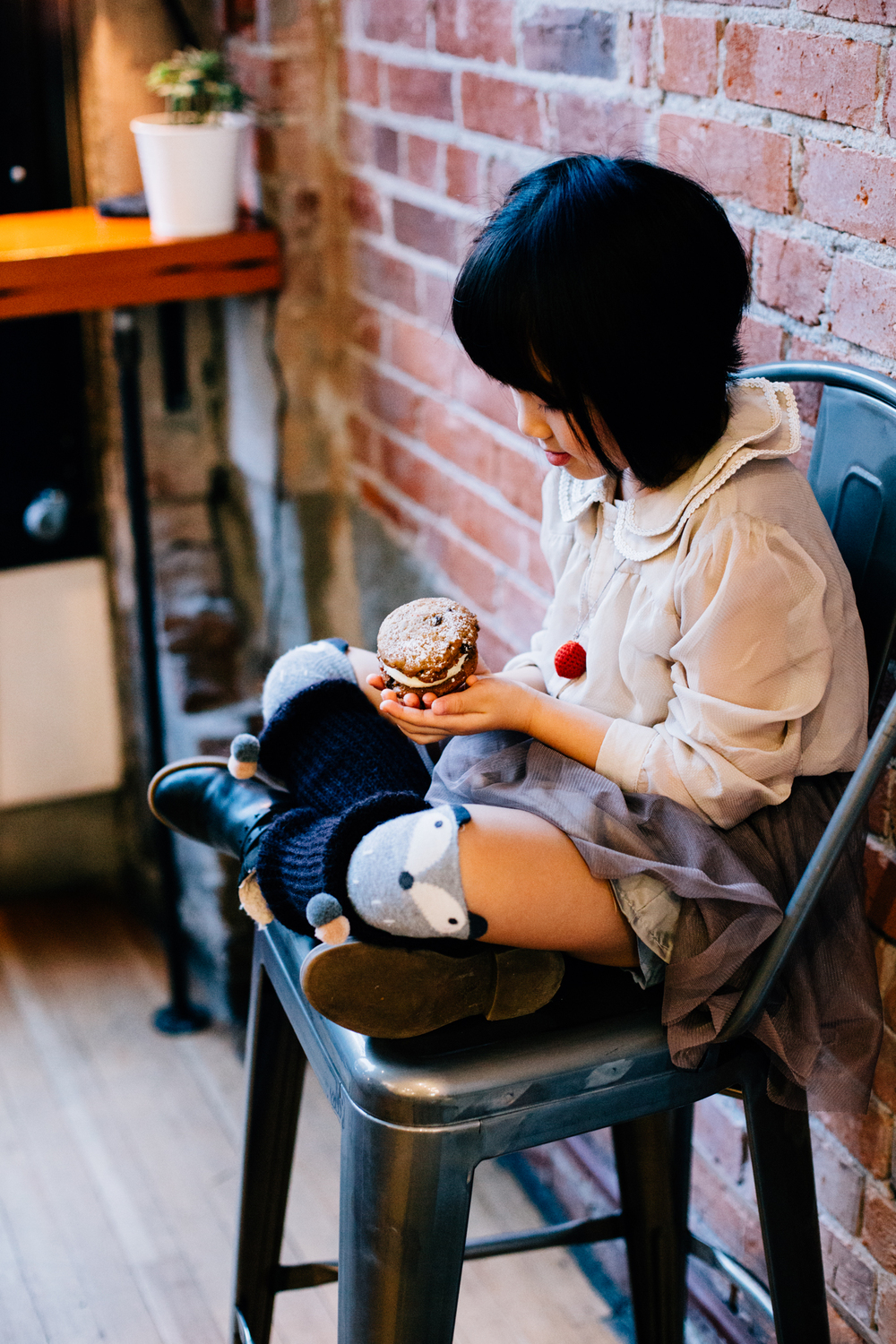 Vancouver family photographer bakery mini session-7.jpg
