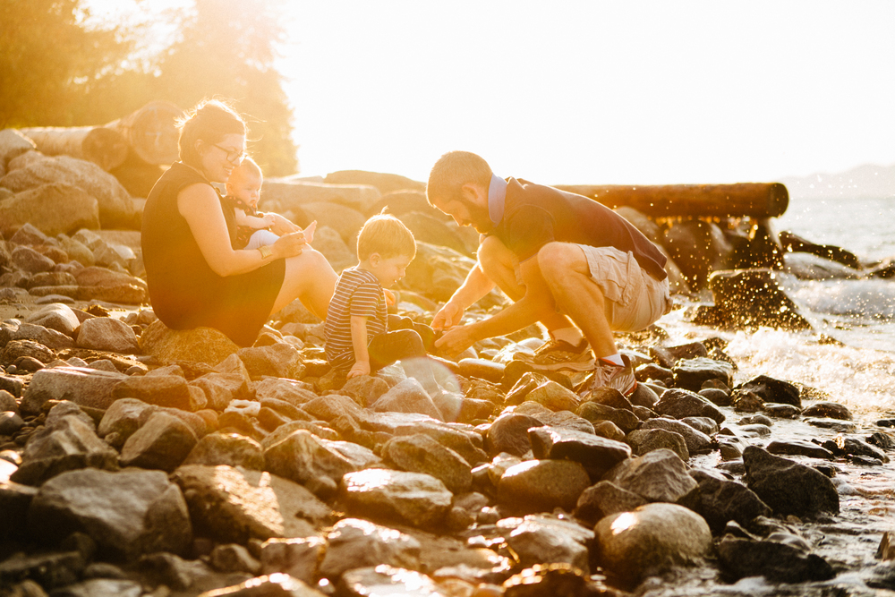 Spanish Banks Family Session - Emmy Lou Virginia Photography-3.jpg