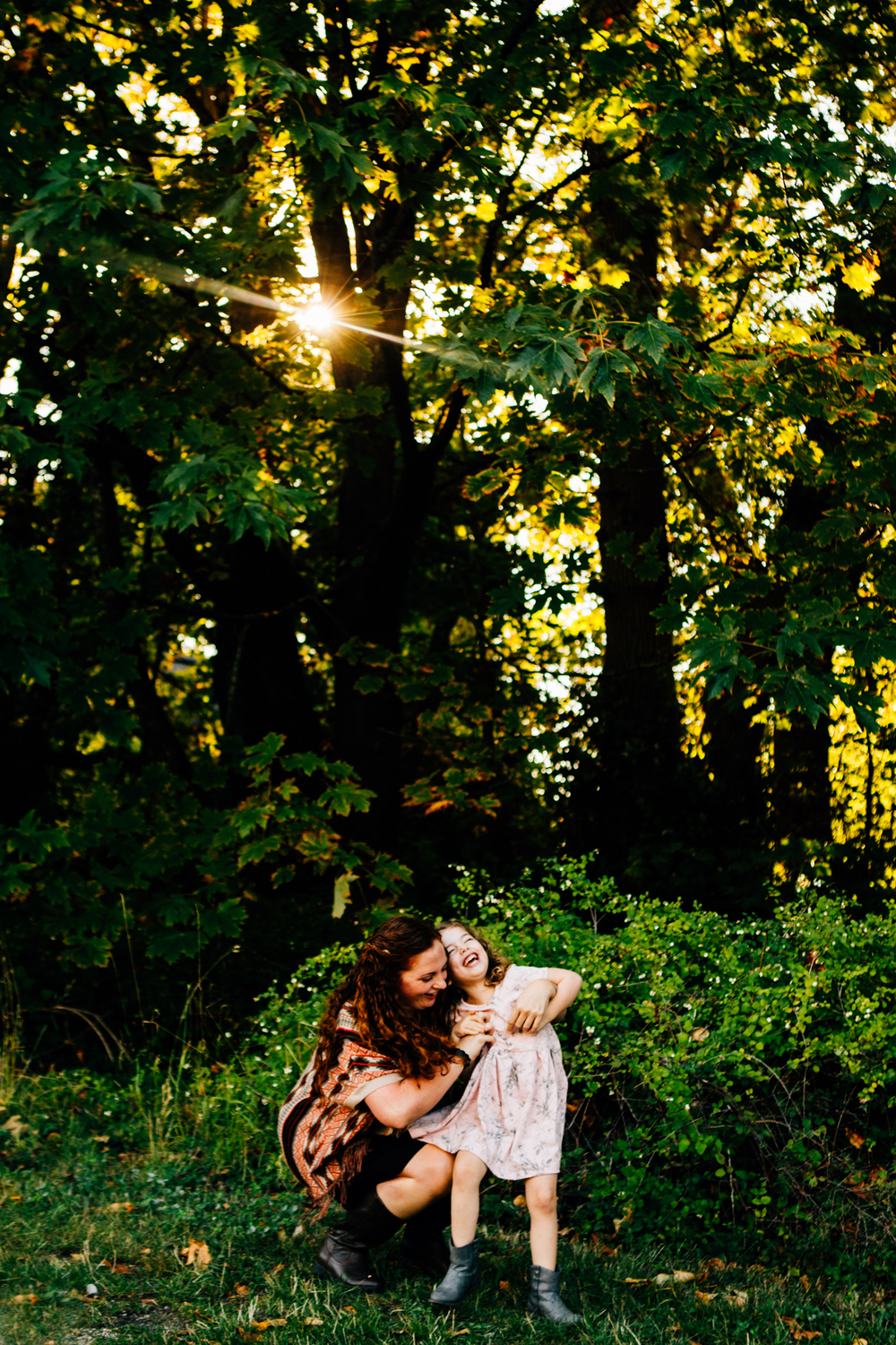 Vancouver Mother Daughter Photographer - Emmy Lou Virginia Photography.jpg