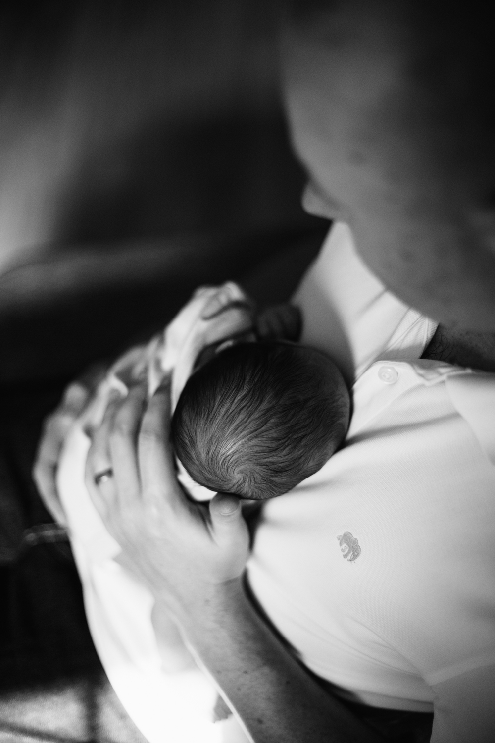 Vancouver In-home lifestyle newborn photographer-12.jpg