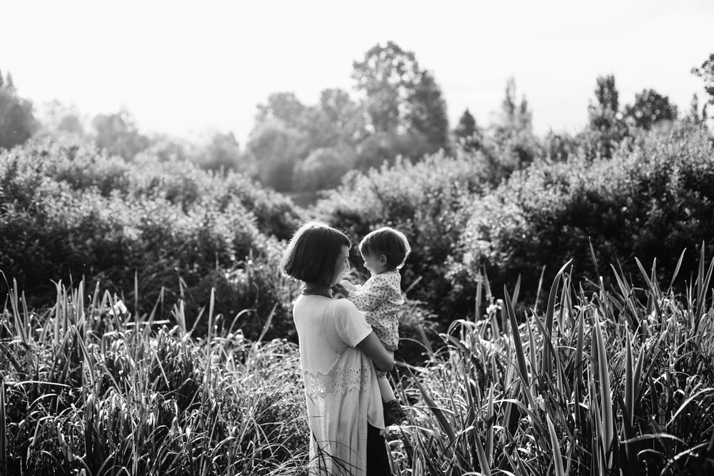 Trout Lake mother daughter family photographer - Emmy Lou Virginia Photography-7.jpg