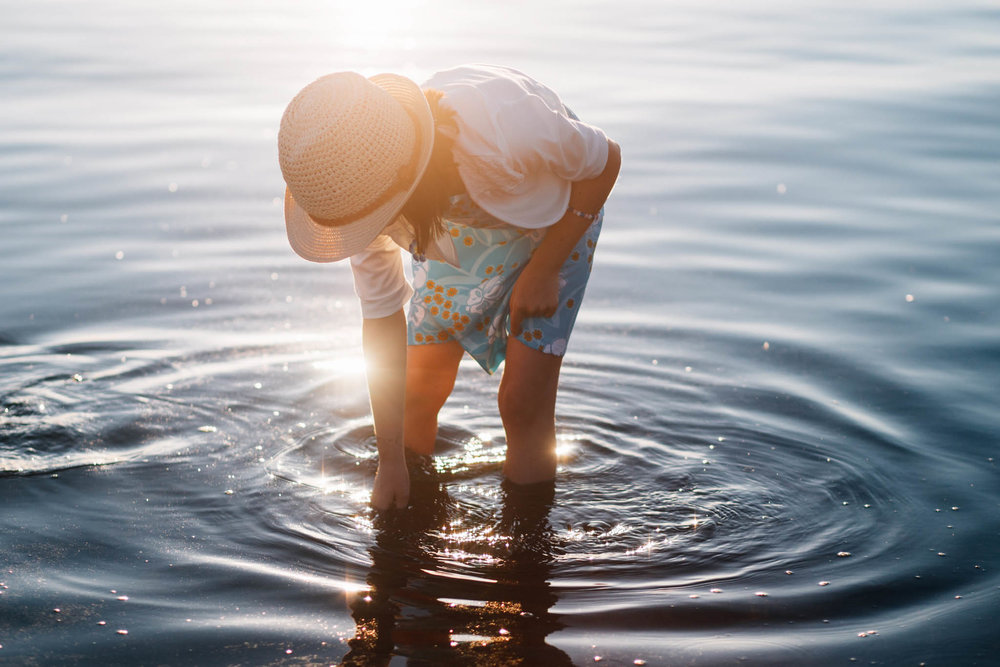 White Rock family beach lifestyle photographer - Emmy Lou Virginia Photography-20.jpg