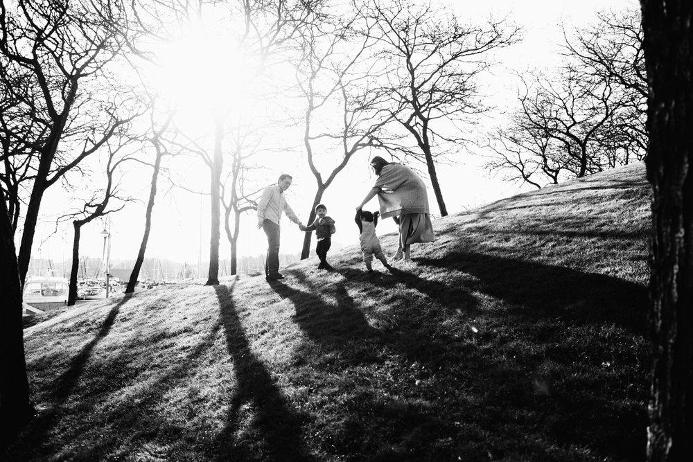 Granville Island family photographer - Emmy Lou Virginia Photography-3.jpg