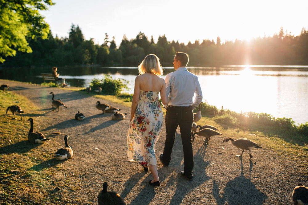 Stanley Park Maternity Photographer - Emmy Lou Virginia Photography-5.jpg