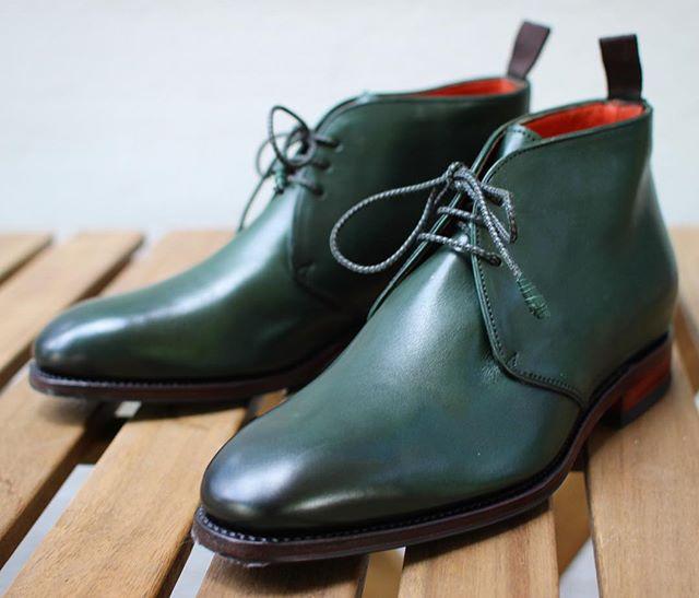 Lovely Carmina shoes for woman👌🏼😍 #carminashoemaker #carmina #ladyshoes #greenshoes #dagestad #skomakerdagestad