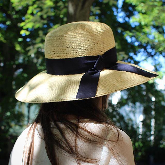 New hats from Tesi😍👒👌🏼 @tesihats #skomakerdagestad #dagestadwoman #summerhats #womanhats