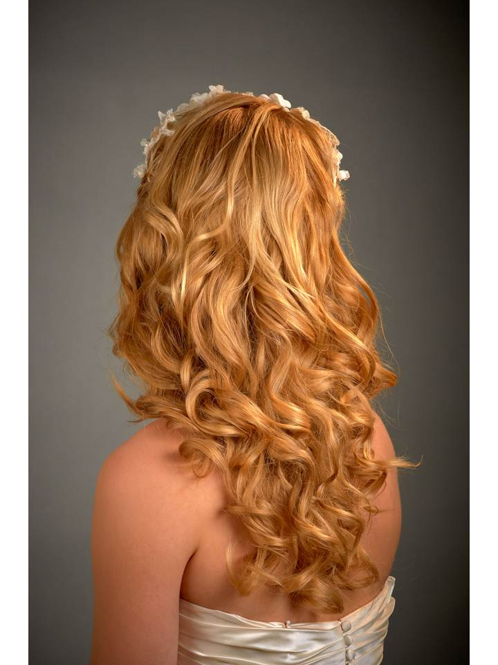 Loose, gorgeous bridal waves
