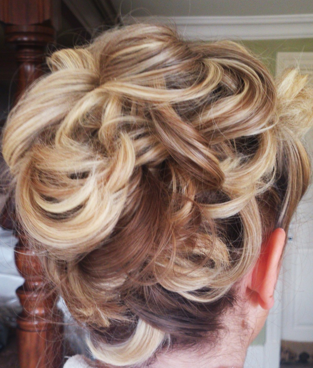 Messy, textured up do