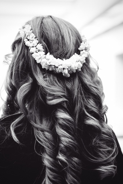 Tumbling Curls for London Wedding