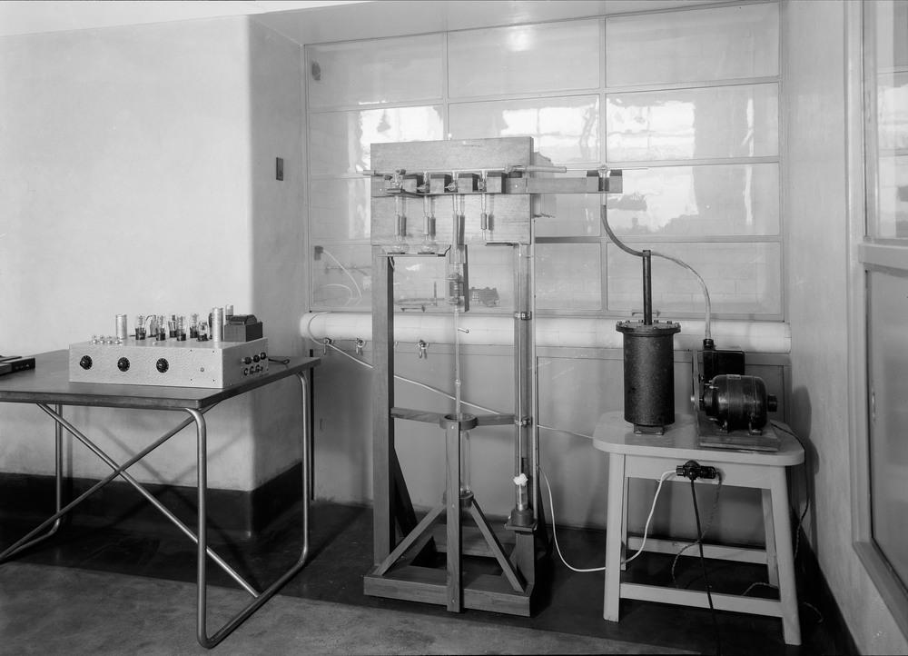 Instituto Superior Técnico, Lisbon  Photo: Mário Novais, ca. 1936-37, Lisbon  Biblioteca de Arte da Fundação Calouste Gulbenkian [CFT003_057331]
