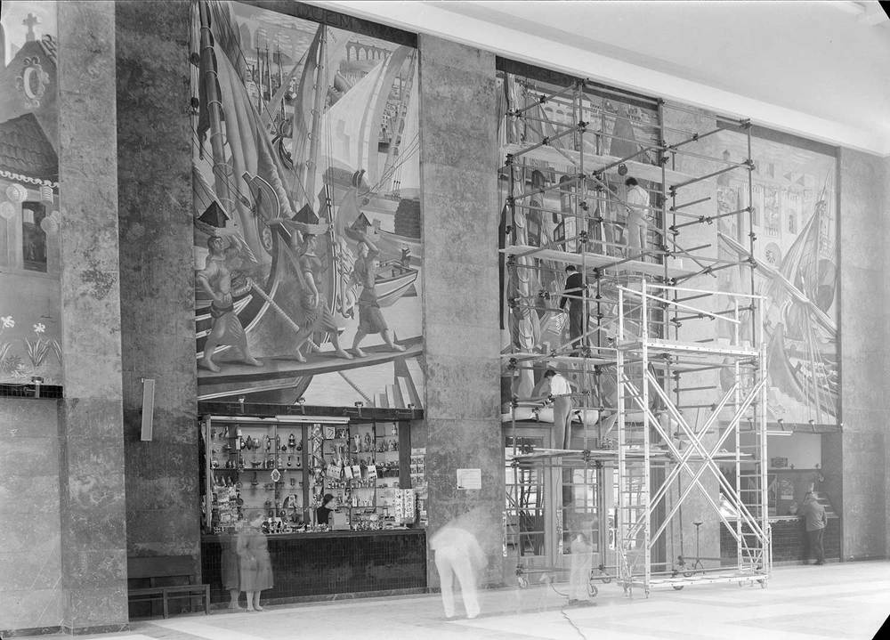 Gare Marítima de Alcântara, Lisbon Artist: José de Almada Negreiros  Photo: Mário Novais, ca. 1943-1945, Lisbon  [CFT003-033114]