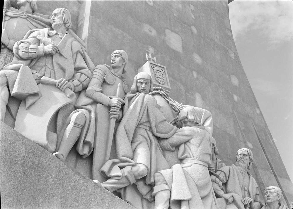 THE MONUMENT TO THE DISCOVERIES  Photo: Mário Novais, 1940, Lisbon  Biblioteca de Arte da Fundação Calouste Gulbenkian [CFT003_015690]