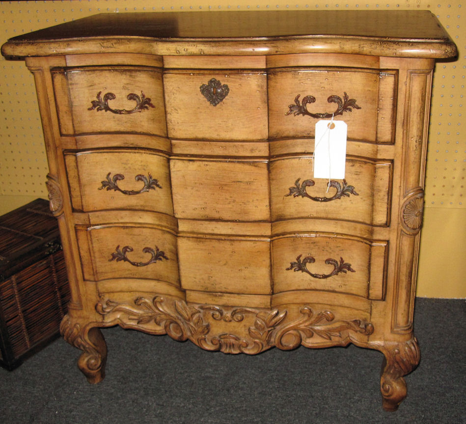 Erguson Copeland Accent Chest Or Nightstand 800