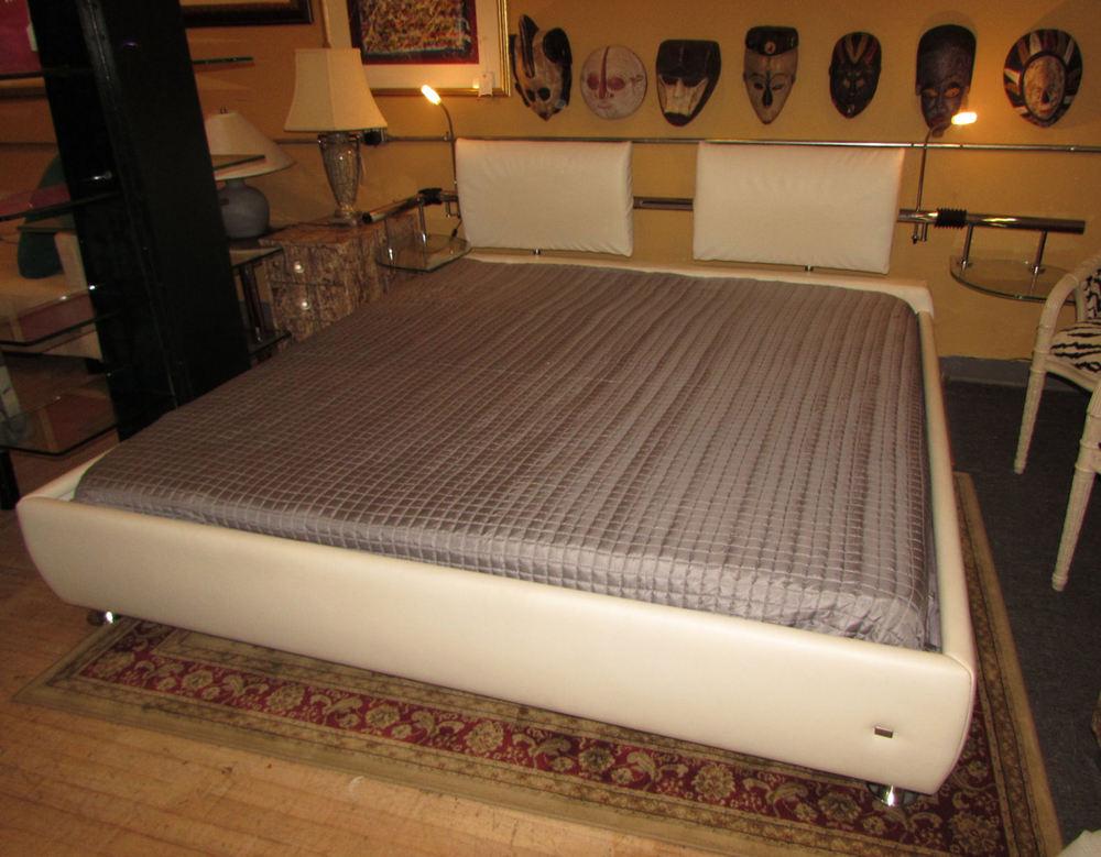 bedroom bath encore furniture gallery. Black Bedroom Furniture Sets. Home Design Ideas
