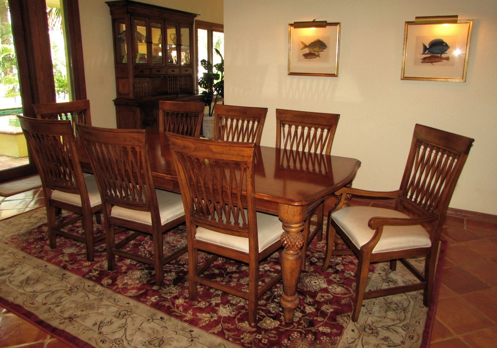 Tommy Bahama Dutch West Indies Dining Set