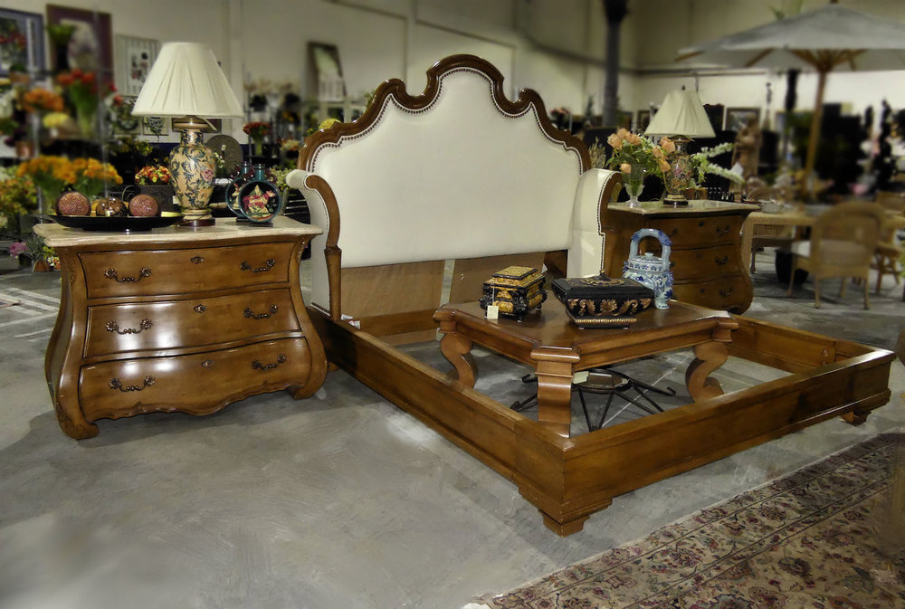 SOLD  Century Furniture Caperana King Set