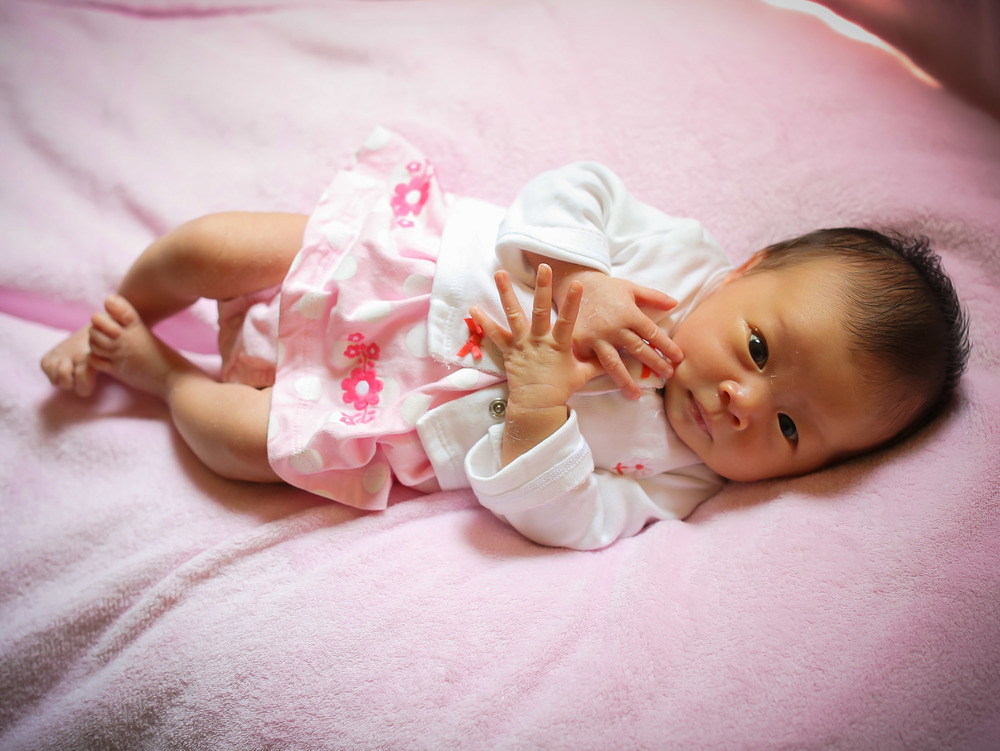 2013_LARISSA_LEE [NEWBORN_PORTRAITS]_012.jpg