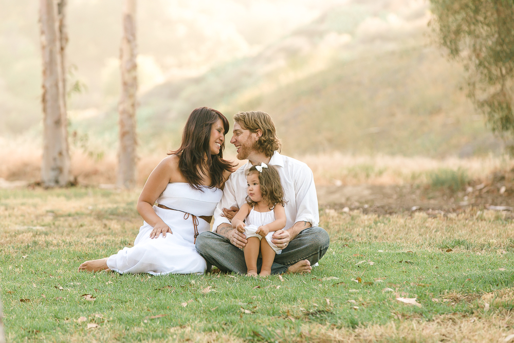 Beautiful Los Angeles Family Portraits, capture life's moments, San Gabriel Valley Photography, Gina Holt, Southern California children's photos, amazing images of families, Adorable little girl