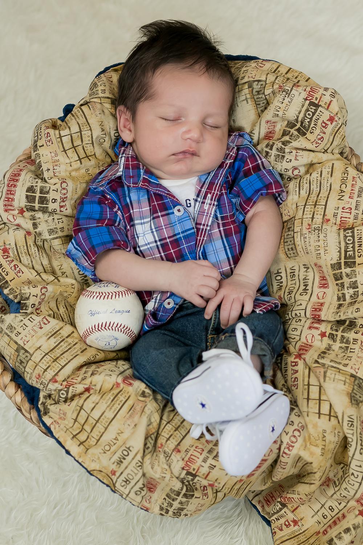Ben-Barroso Newborn-0006.jpg