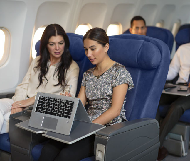 HP_EliteBook_x360_Lifestyle_Airplane_tcm245_2383832_tcm245_2384086_tcm245-2383832.jpg