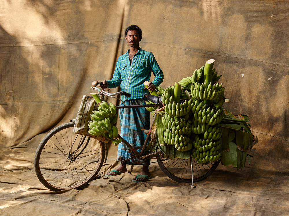 BANANA PLANTATION OWNER, $58 WEEKLY, 2015
