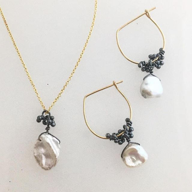 Petal Pearls... they go with everything #magallyjewelry #petal #pearls #gold #finejewelry #handmade #style #classic #instajewelry #jewelrygram #designer @highglosshouston
