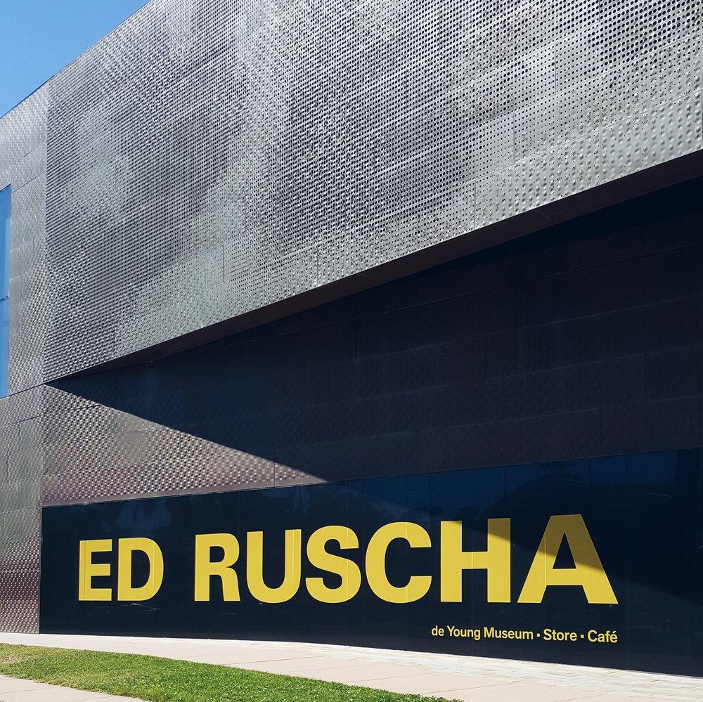 ed_ruscha-de-young