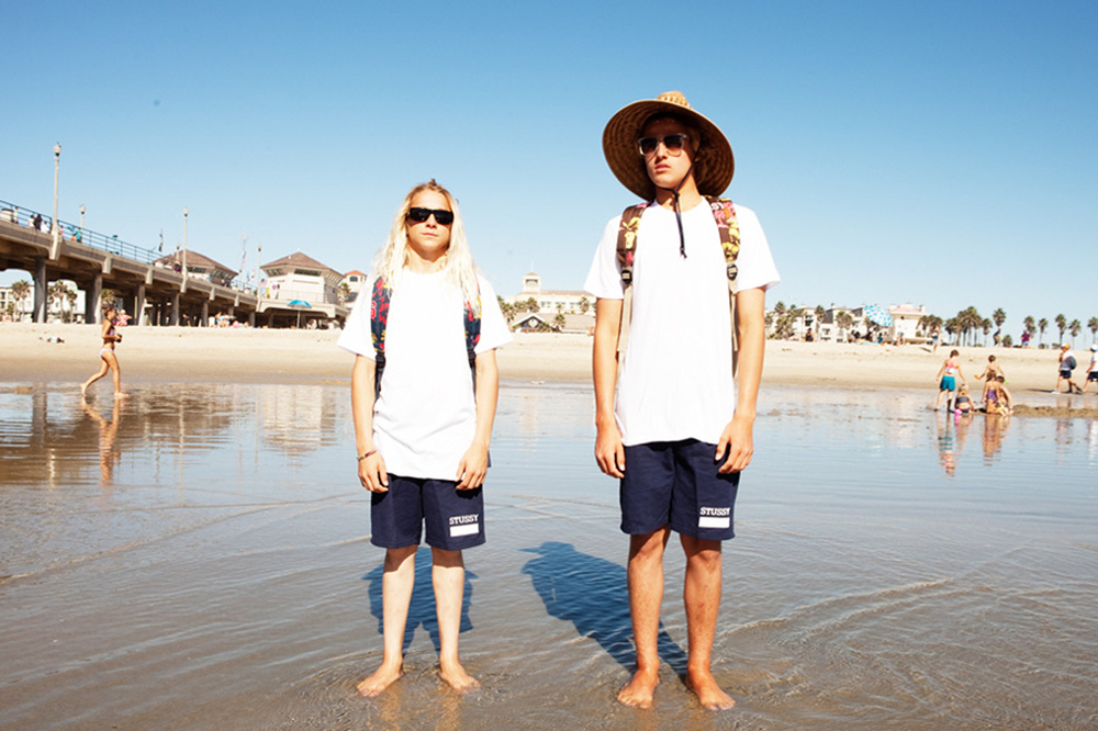 stussy-herschel-supply-co-2013-spring-summer-aloha-collection-lookbook-2.jpg