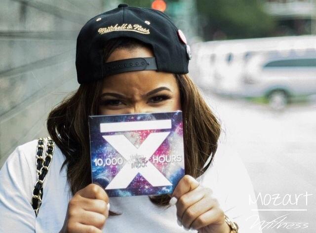 Mia x Mixx