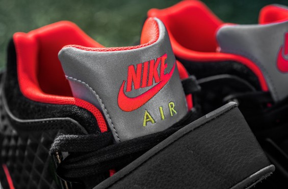 "Nike Air Trainer Cruz ""Memory of Mike"" 3"