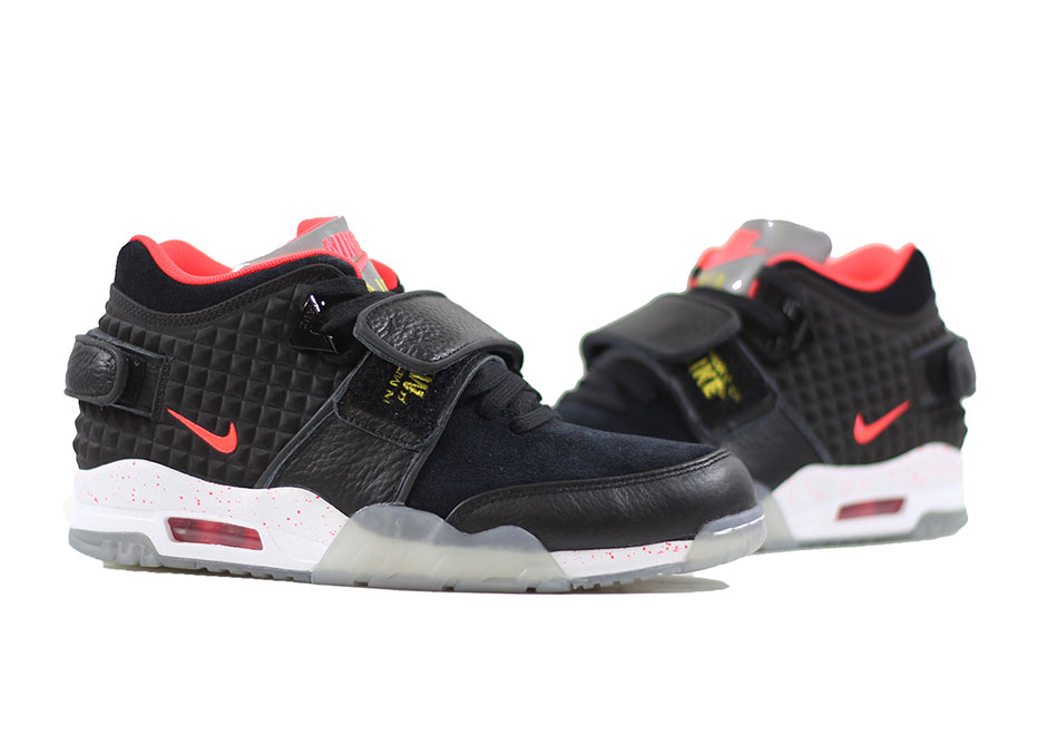"Nike Air Trainer Cruz ""Memory of Mike"" 5"