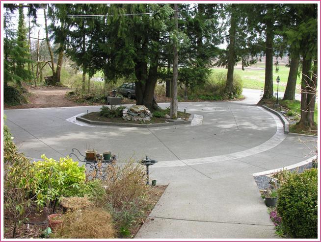 Concrete circle driveway.jpg