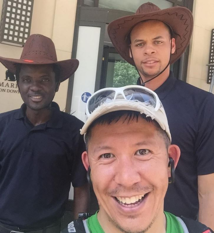 Is that Steph Curry wearing a cowboy hat?