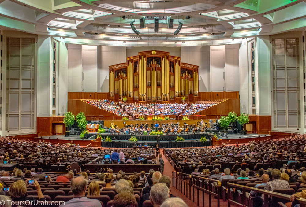Mormon Tabernacle Choir on Salt Lake City Tours.jpg