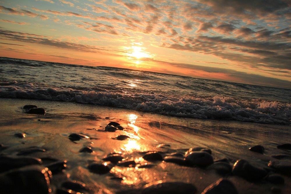 beach-beauty-clouds-733829.jpg