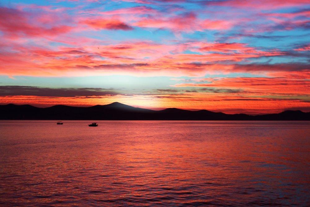beach-clouds-colorful-1043941.jpg