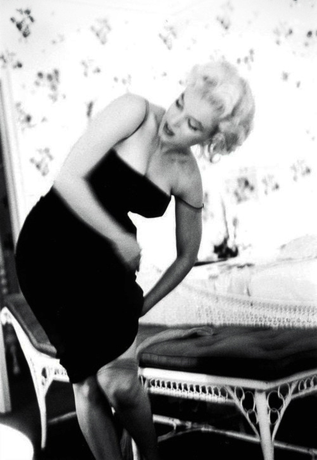 Prjkt Dump_10_Ed Feingersh_Marilyn 1955_1.jpeg