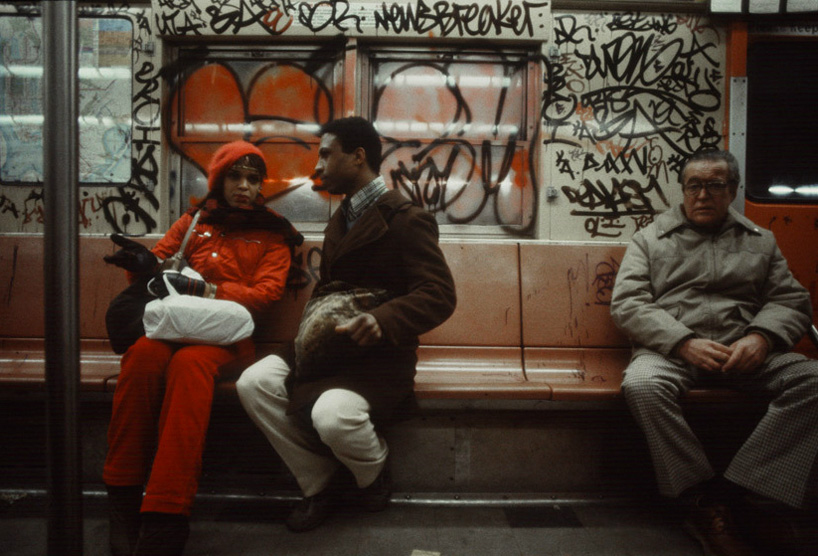christopher-morris-photographs-the-gritty-nyc-subway-in-1981-designboom-13.jpeg