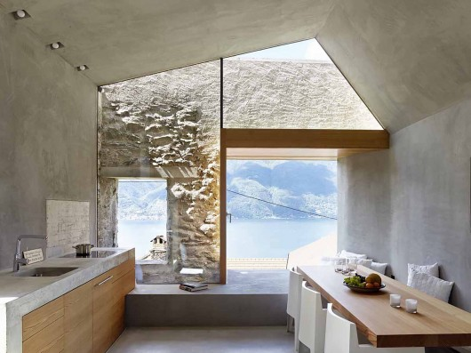 543dd5b6c07a802a69000256_stone-house-transformation-in-scaiano-wespi-de-meuron-romeo-architects_1430_cf030098-530x397.jpg