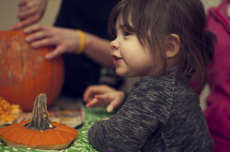 pumpkin+carving+party+lune+vintage+3.png