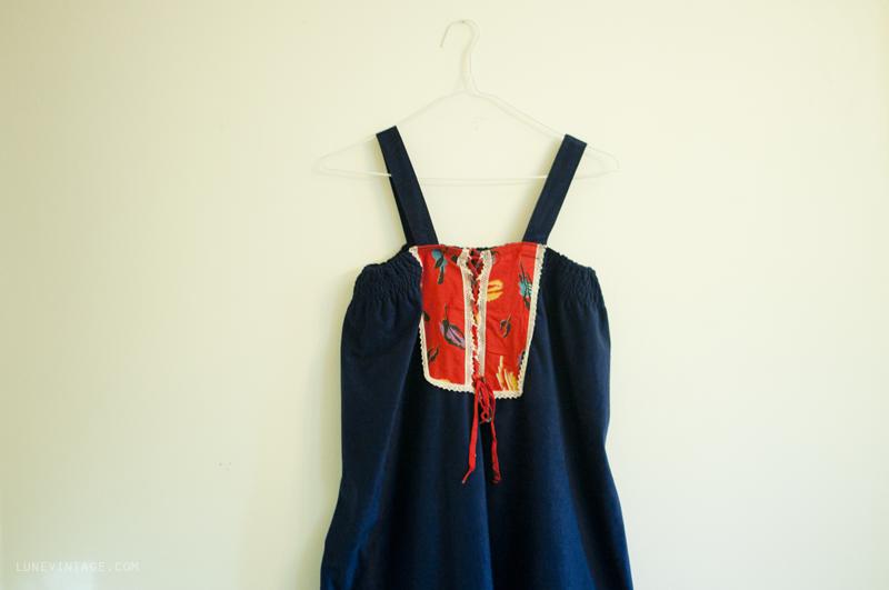 vintage+hippie+dress+peseant+blue+velvet.png