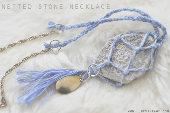 550netted+stone+necklace+8.jpg