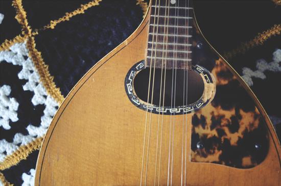 mandolin2.jpg