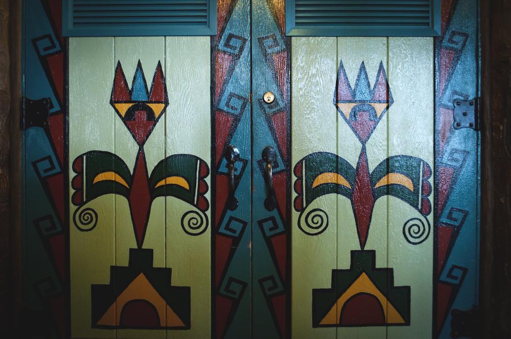 grand canyon bright angel lodge doors lune blog.jpg