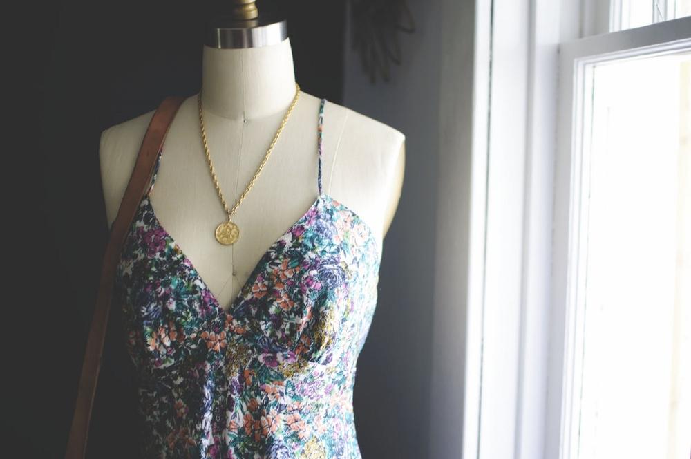 vintage floral dress lune vintage 2 (1024x680).jpg