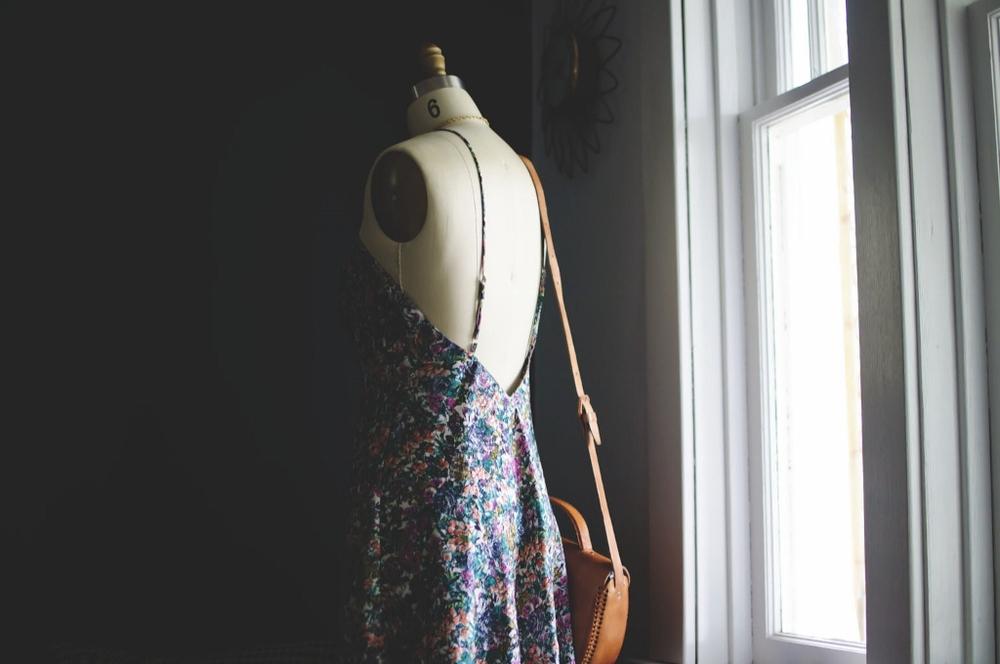 vintage floral dress lune vintage 3 (1024x680).jpg